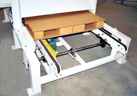 pallet dispenser with chain conveyor out feed